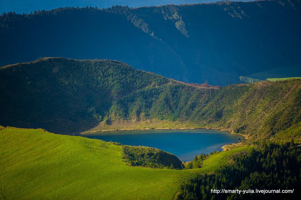 Azores-SeteCidades-Mosteiros-017