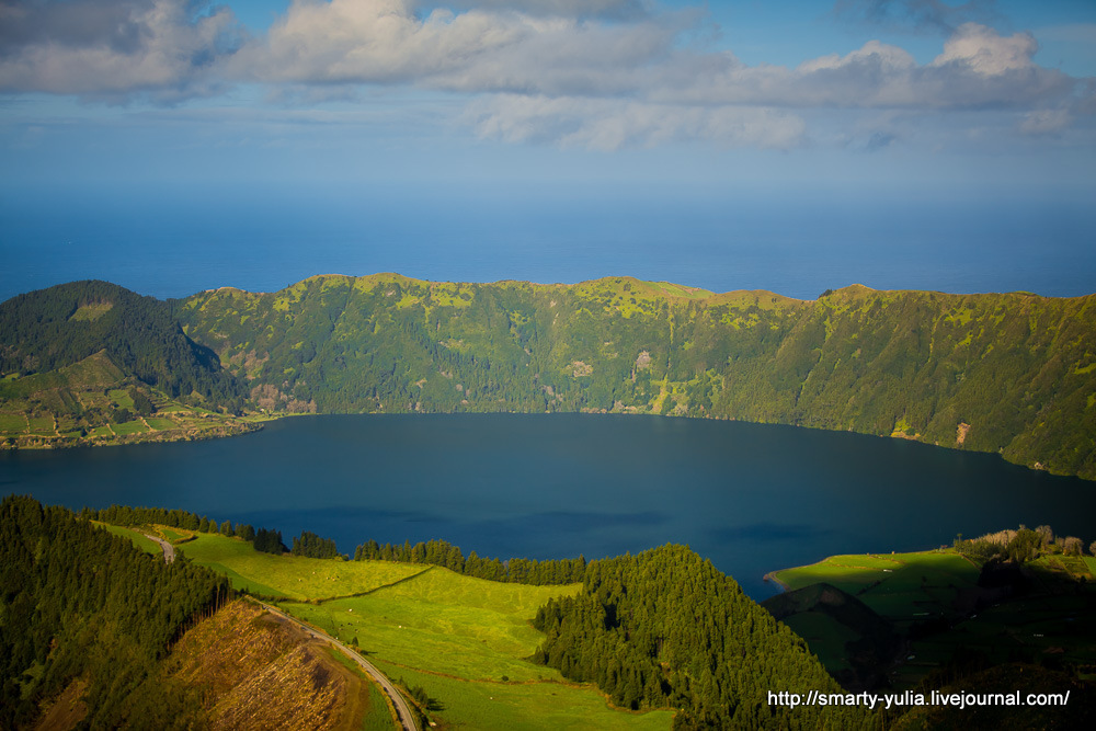 Azores-SeteCidades-Mosteiros-019