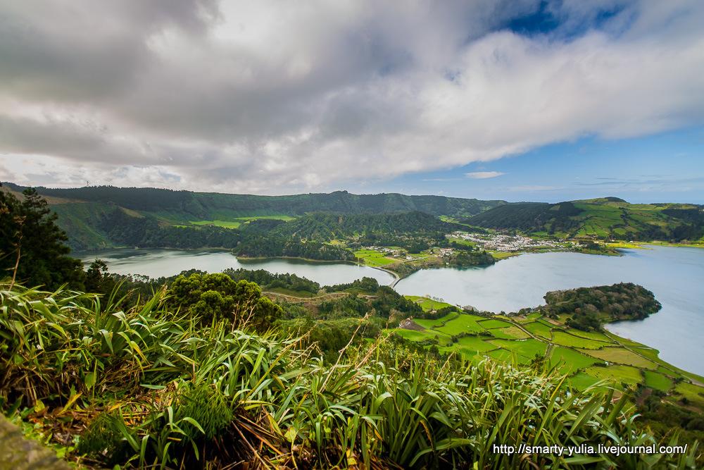 Azores-SeteCidades-Mosteiros-027