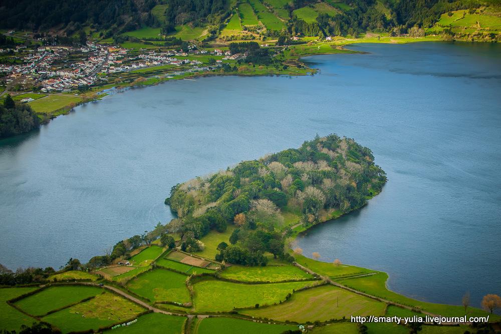 Azores-SeteCidades-Mosteiros-029
