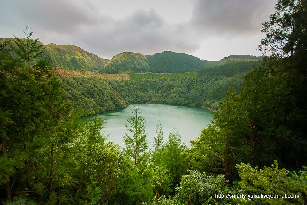 Azores-SeteCidades-Mosteiros-031