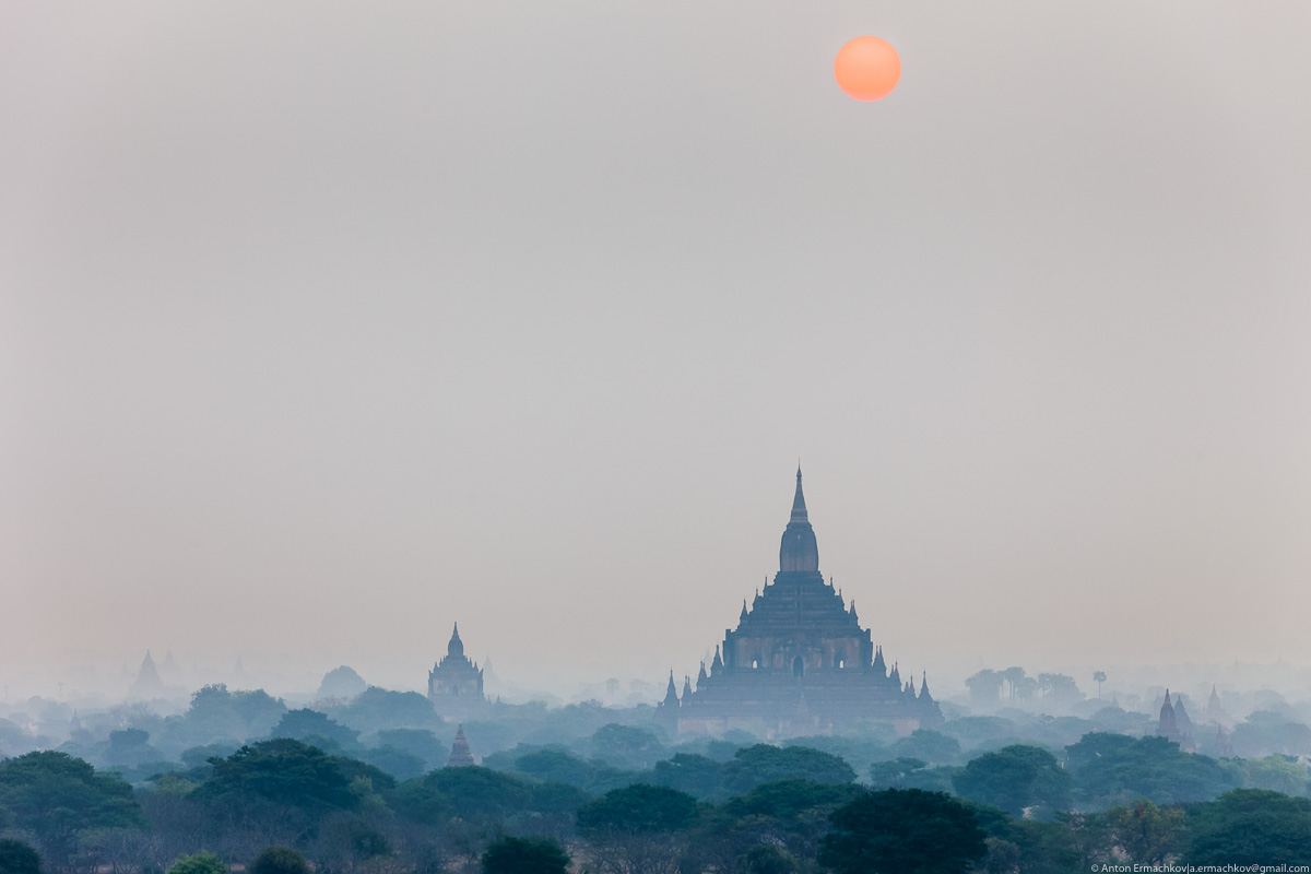 Bagan is the main tourist attraction of Myanmar 04