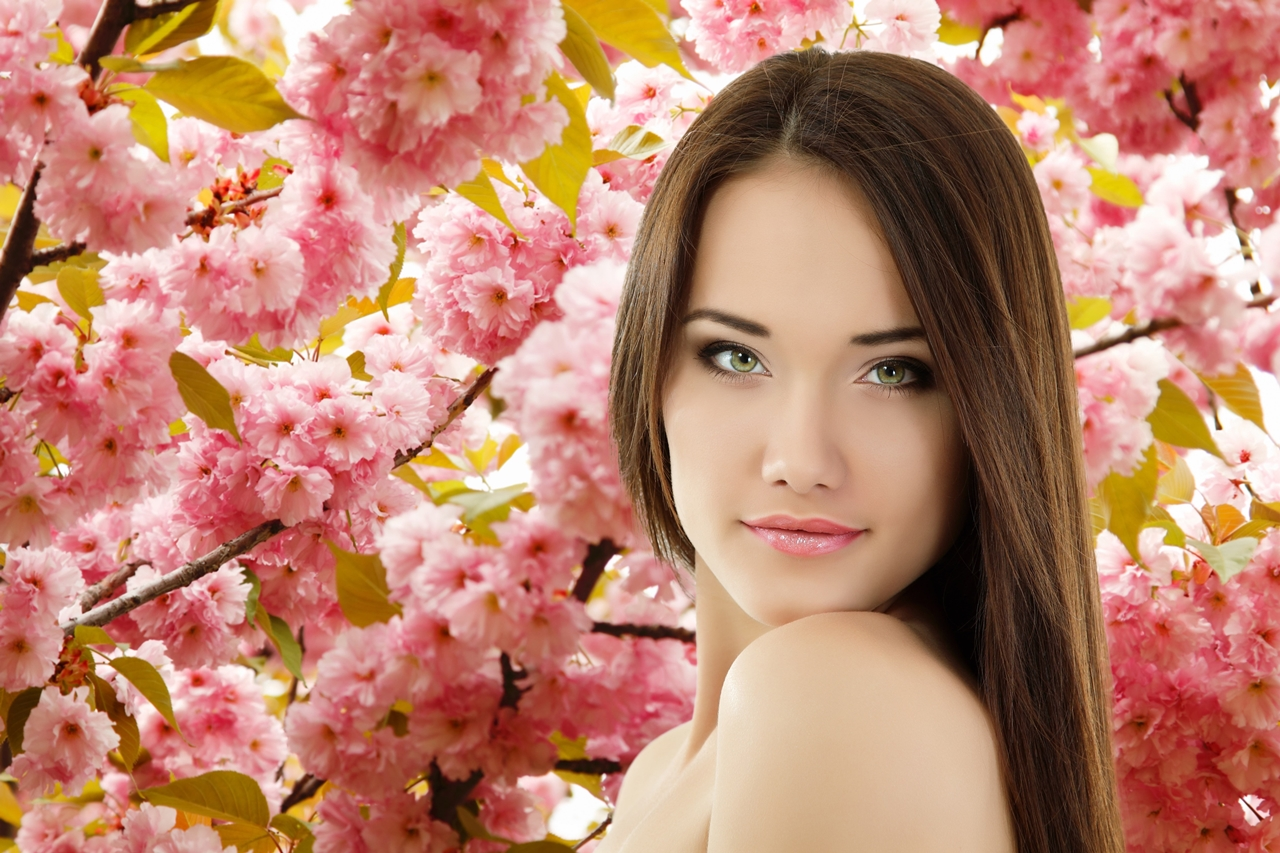 Beautiful spring portraits with beautiful girls 18