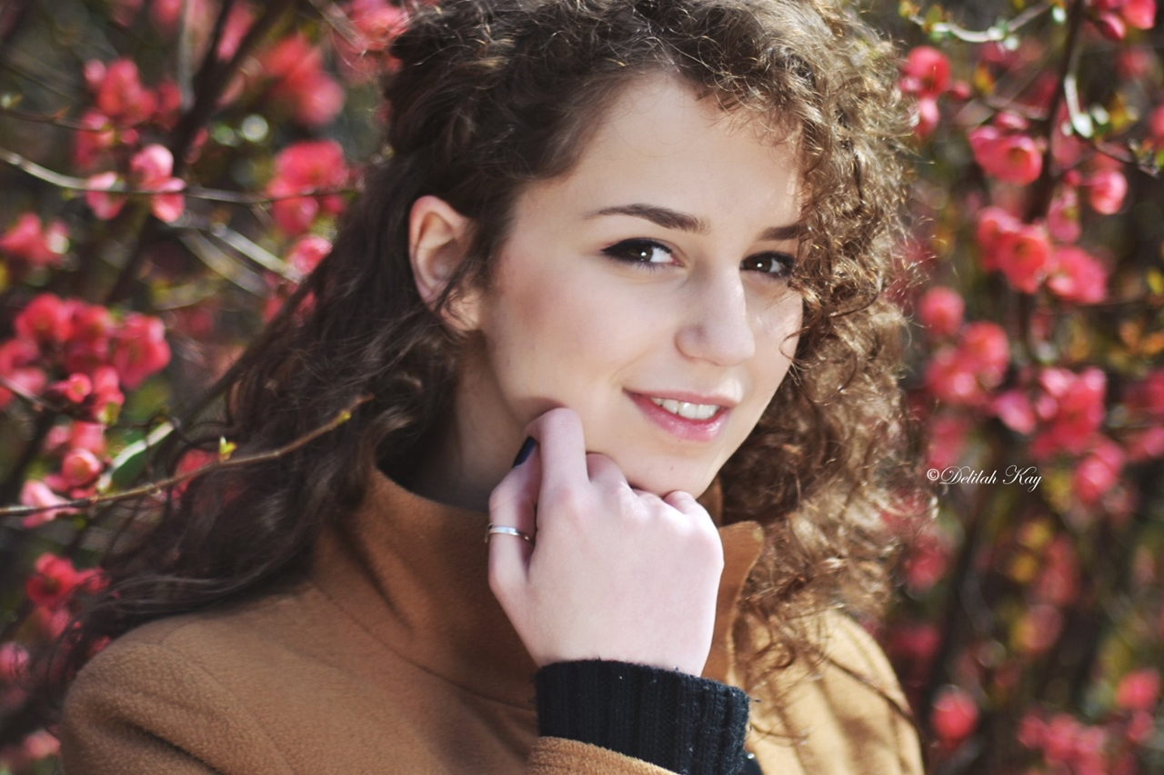Beautiful spring portraits with beautiful girls 27