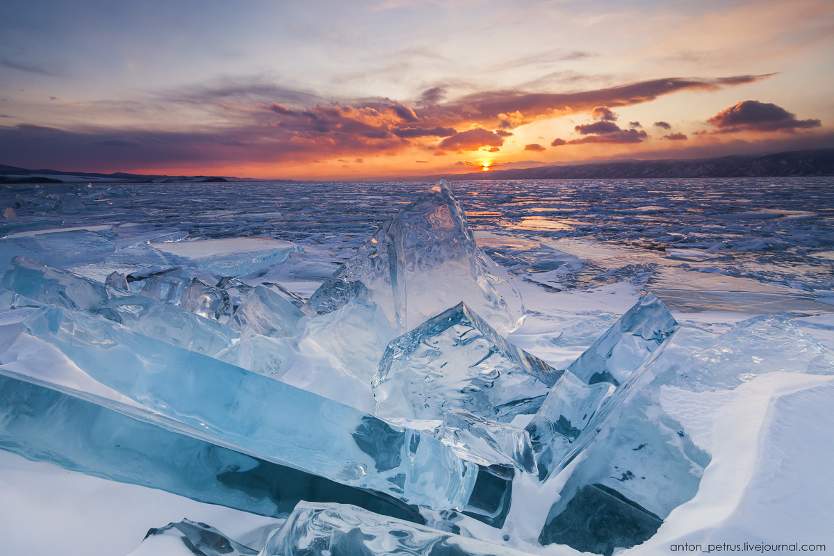 Glass sunset. Baikal 04