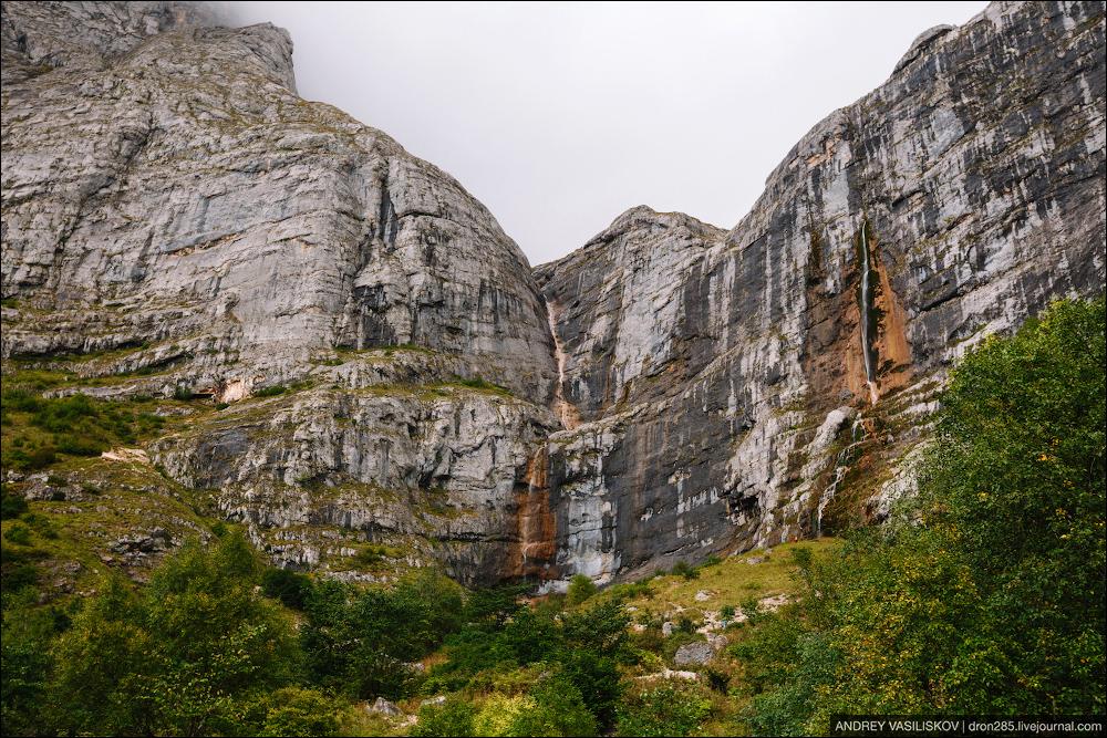 Of Adygea. Przejsciu waterfall 02