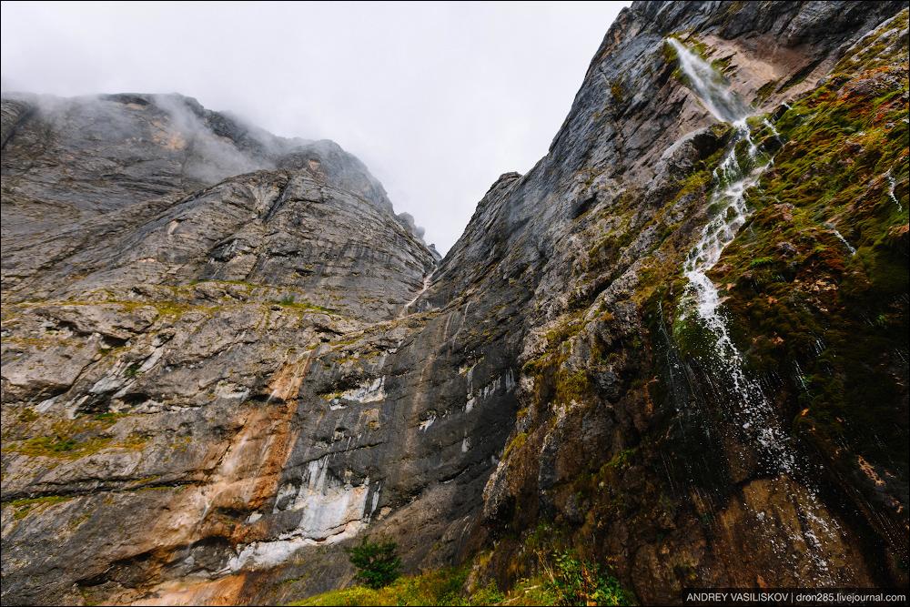 Of Adygea. Przejsciu waterfall 16