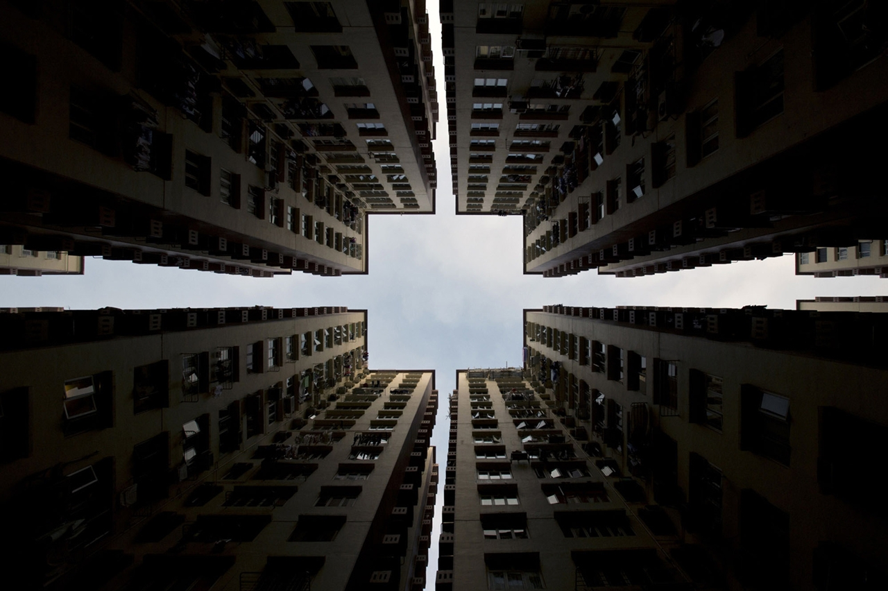 The Dizzying Cityscape of Hong Kong 09