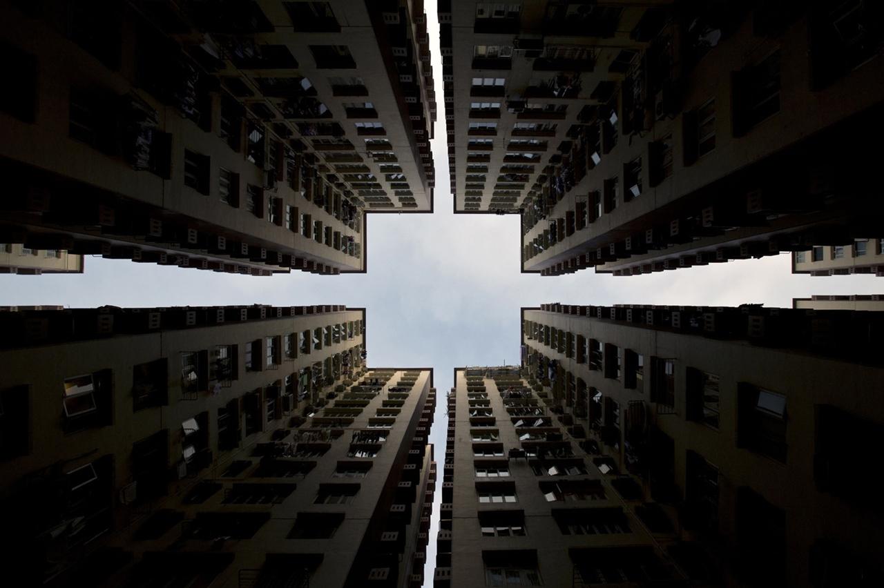 The Dizzying Cityscape of Hong Kong 09