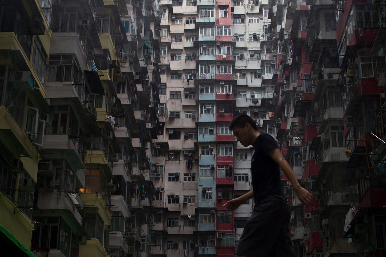 The Dizzying Cityscape of Hong Kong 10