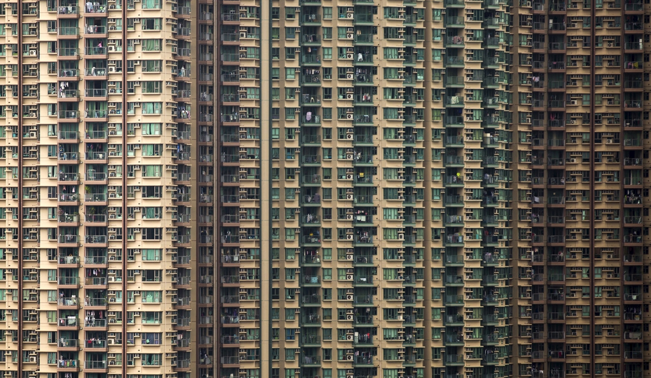 The Dizzying Cityscape of Hong Kong 12