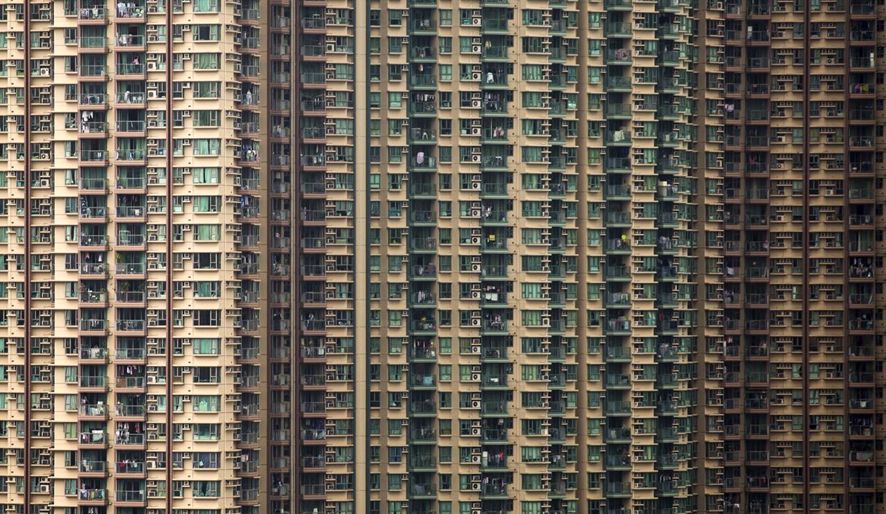 The Dizzying Cityscape of Hong Kong 12