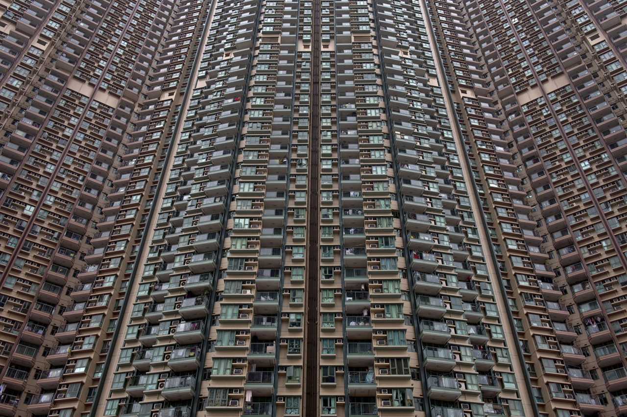 The Dizzying Cityscape of Hong Kong 18