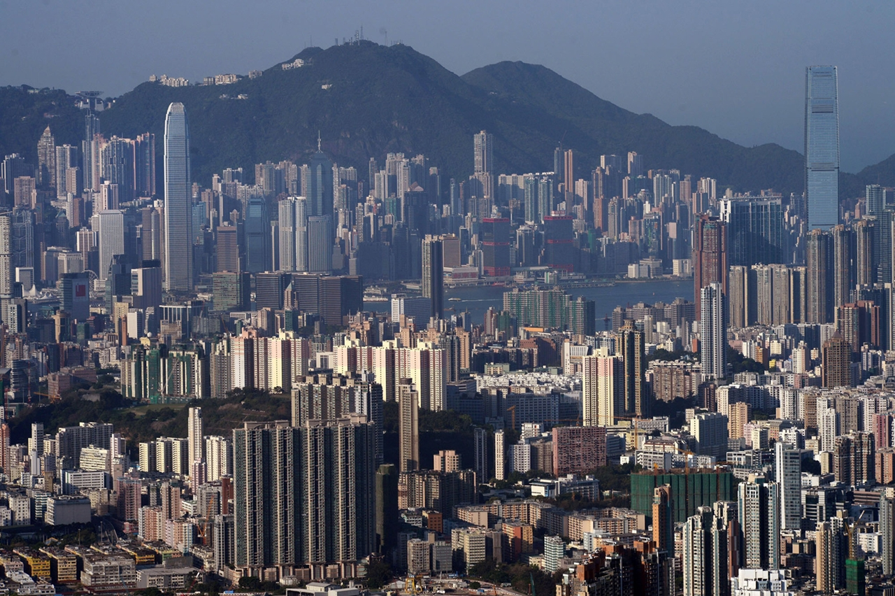 The Dizzying Cityscape of Hong Kong 20