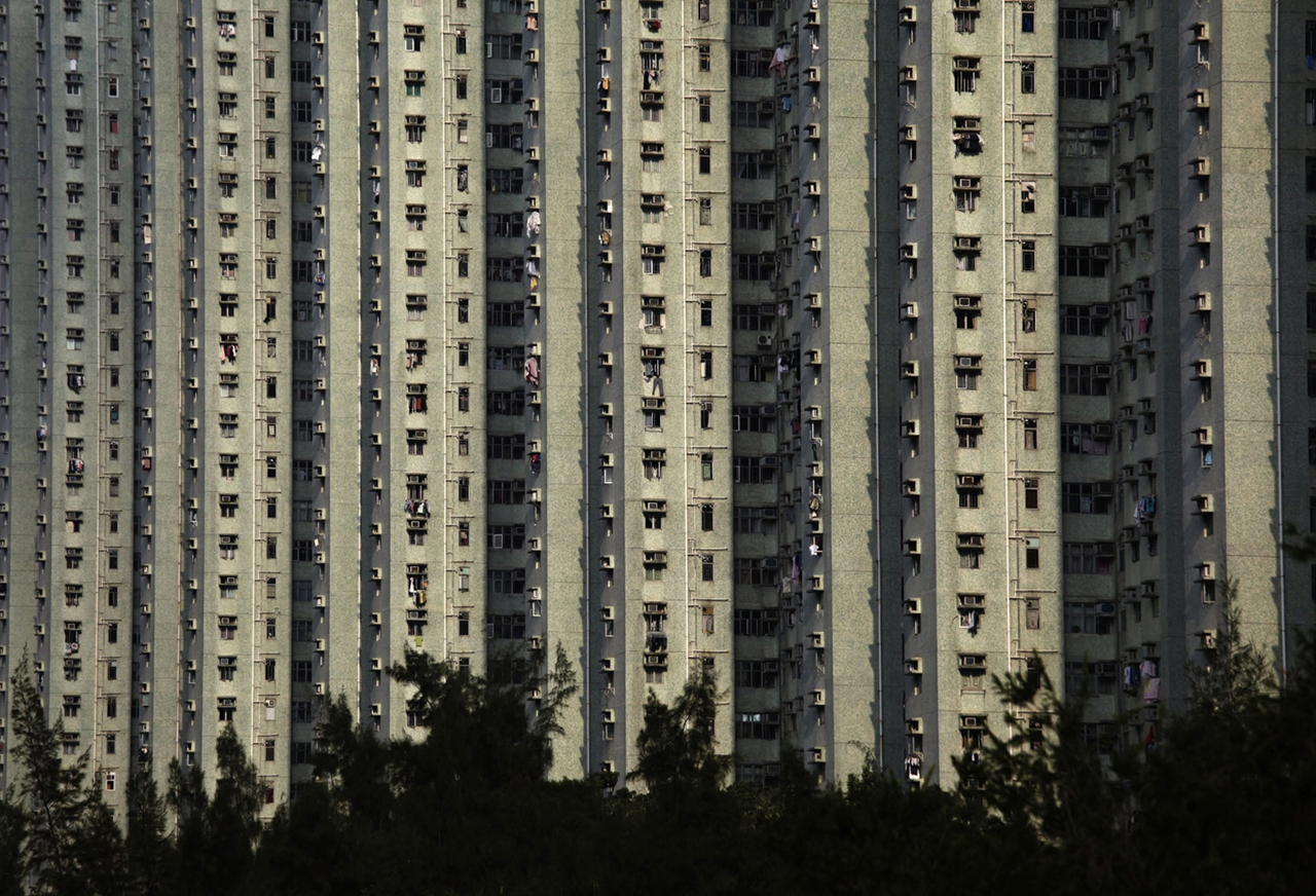 The Dizzying Cityscape of Hong Kong 22