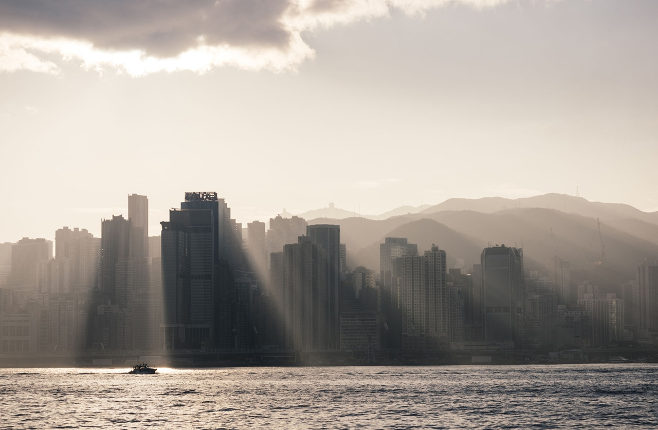 The Dizzying Cityscape of Hong Kong 24