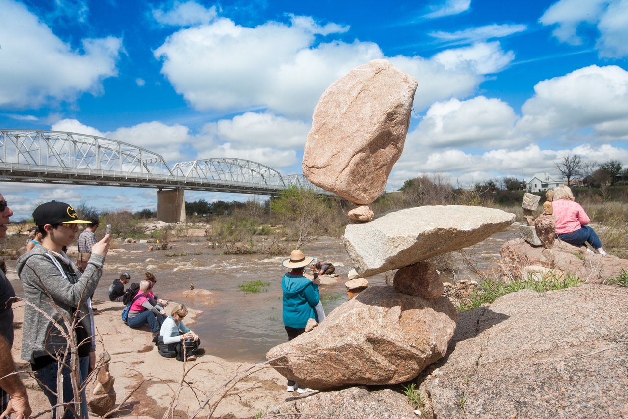 The world championship balancing rocks 2016 09