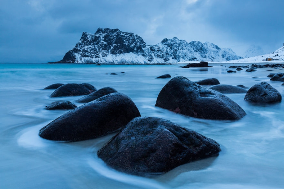 Winter landscapes of the Lofoten Islands 02