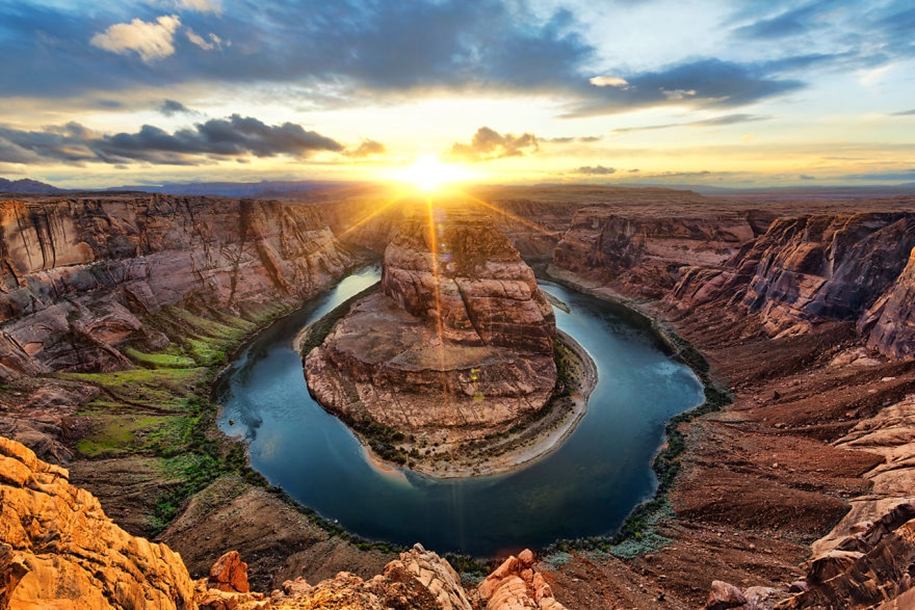 Beautiful sunrises in the most beautiful places of the world 04