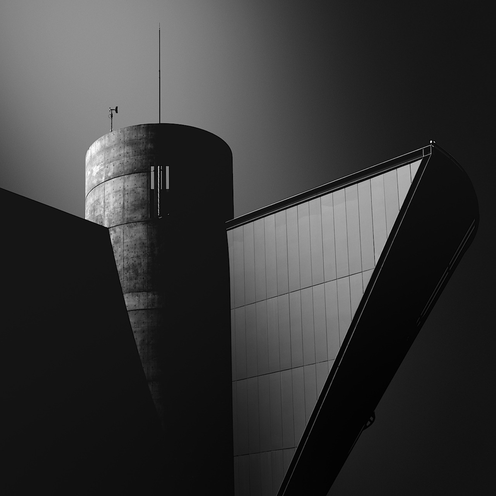 Black and white architecture from the photographer Jina Mikami 05