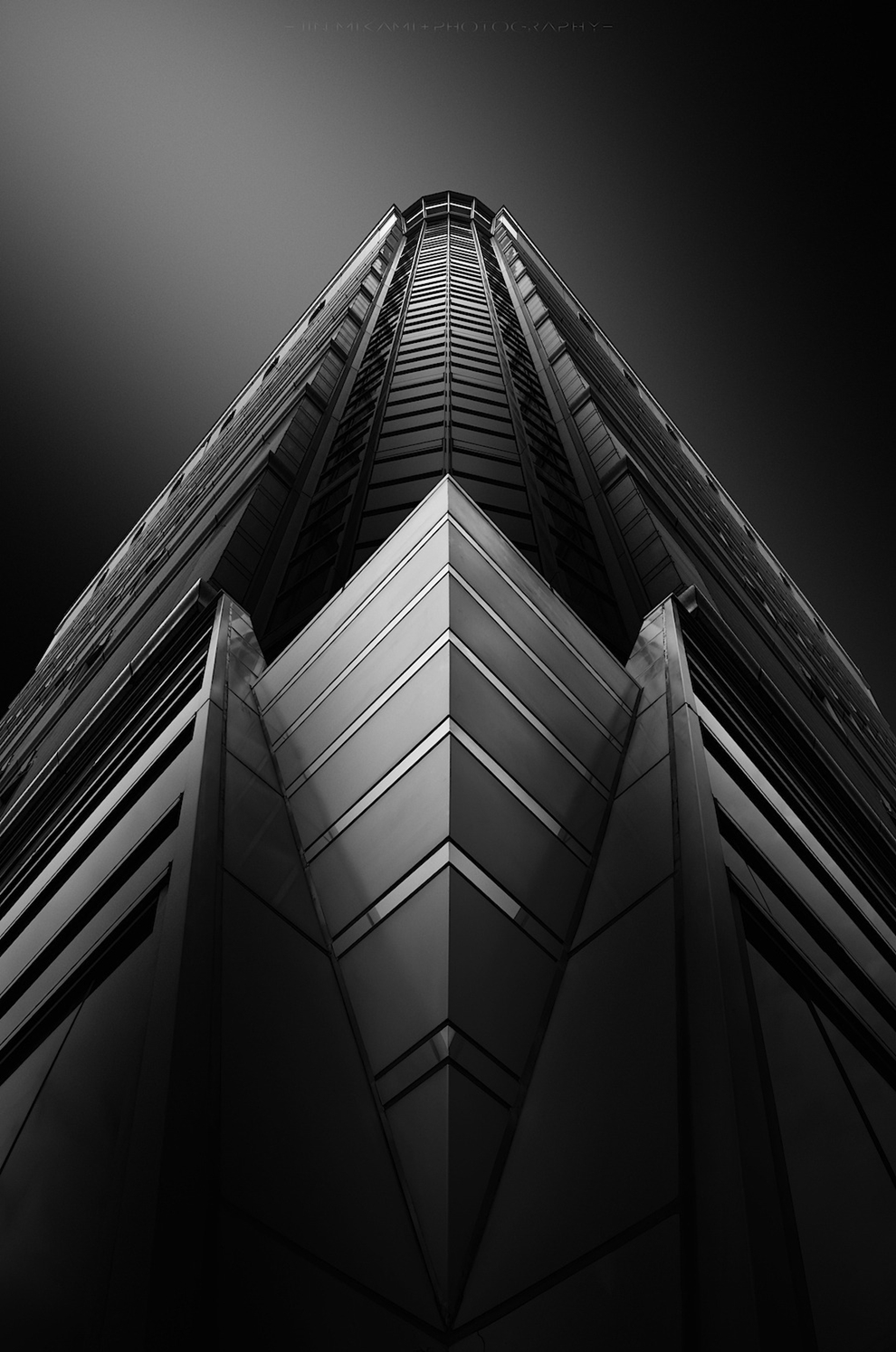 Black and white architecture from the photographer Jina Mikami 08