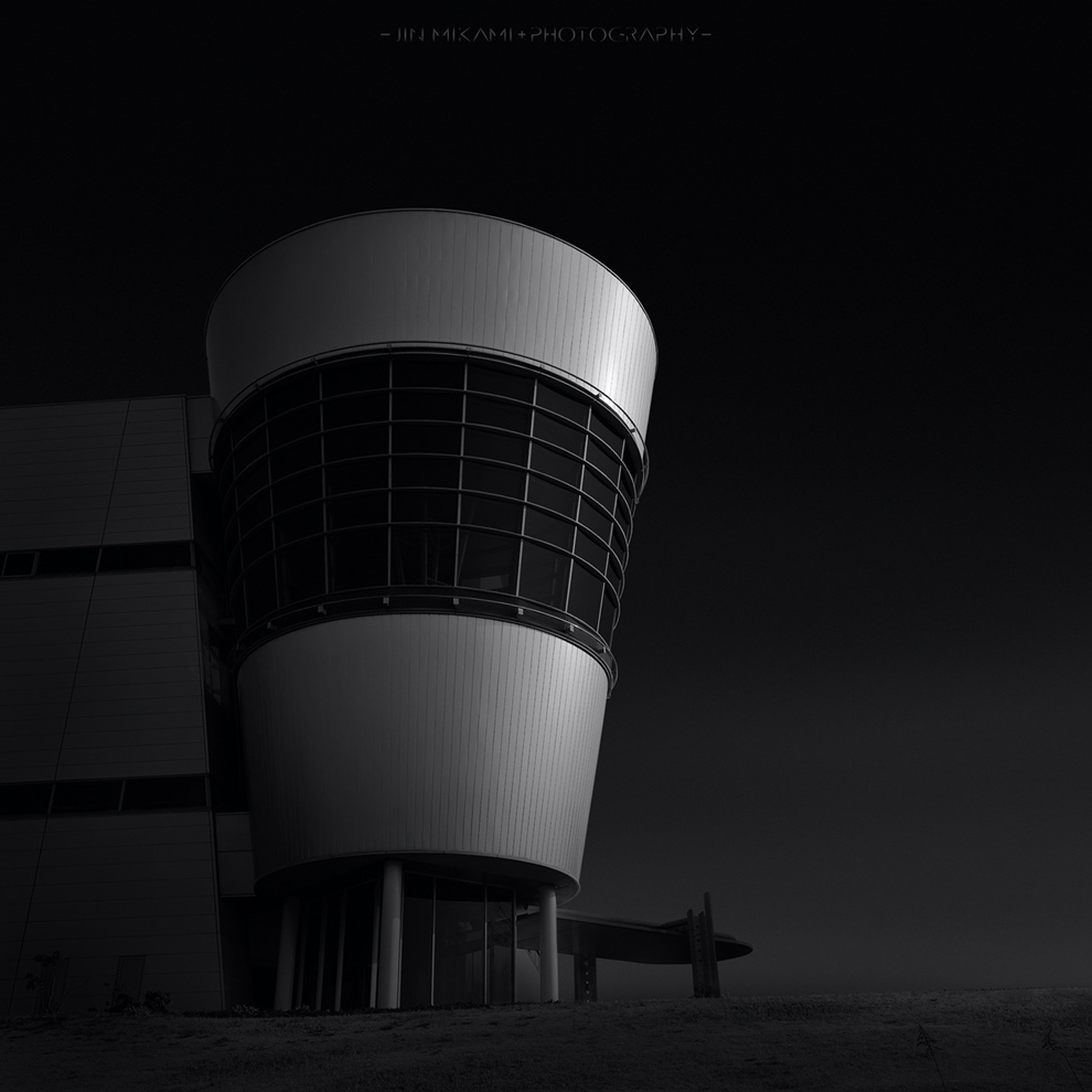 Black and white architecture from the photographer Jina Mikami 15