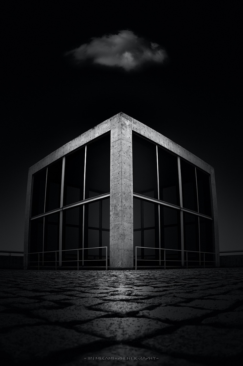 Black and white architecture from the photographer Jina Mikami 16