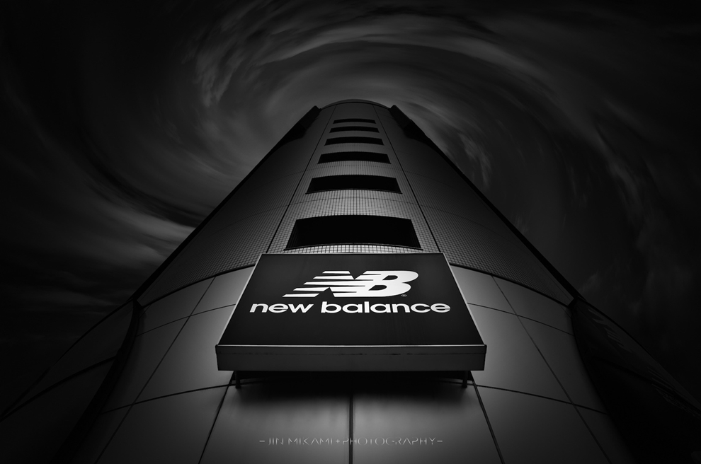 Black and white architecture from the photographer Jina Mikami 26