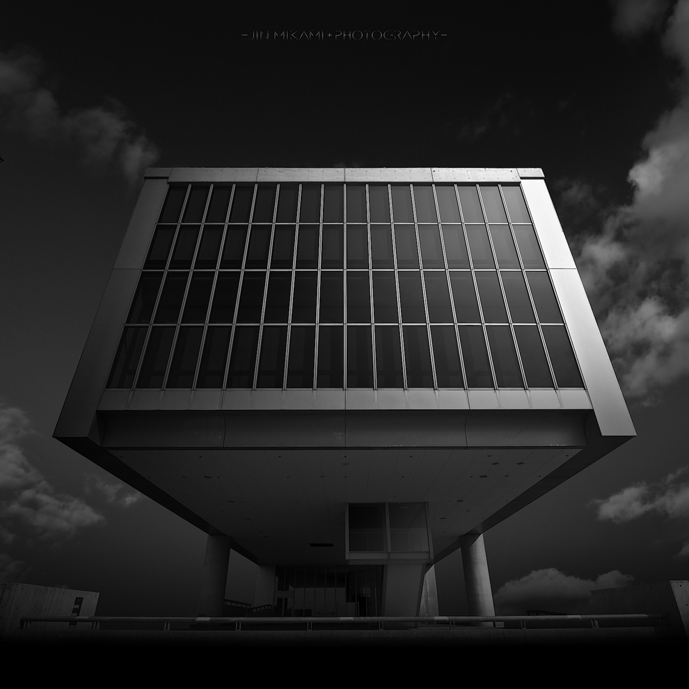 Black and white architecture from the photographer Jina Mikami 28