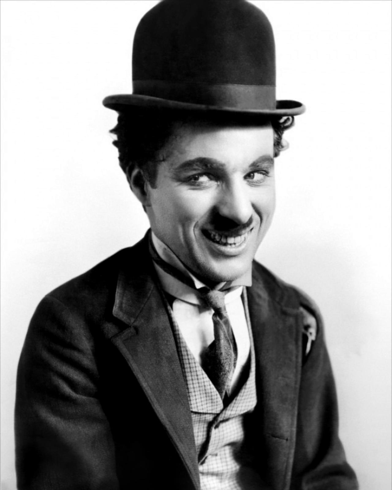 Charlie Chaplin 08