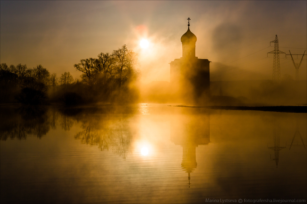 Church of the Intercession on the Nerl dawn 01