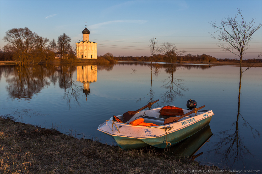 Church of the Intercession on the Nerl dawn 03