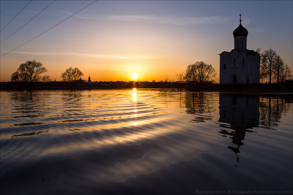 Church of the Intercession on the Nerl dawn 05