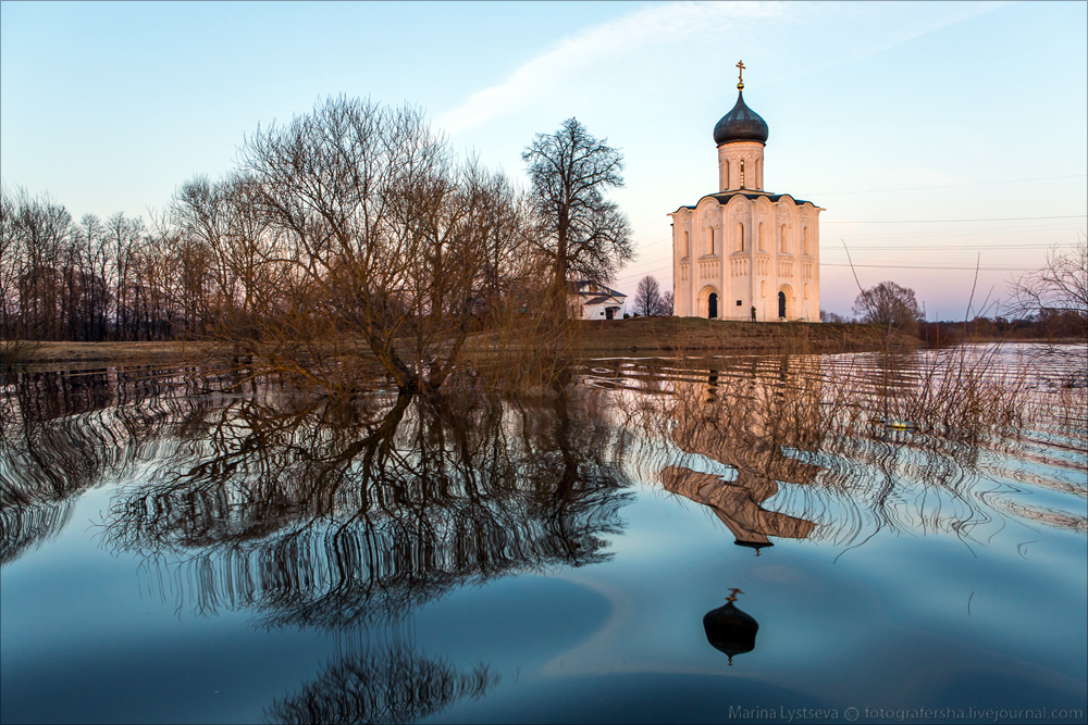 Church of the Intercession on the Nerl dawn 07