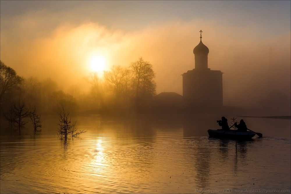 Church of the Intercession on the Nerl dawn 24