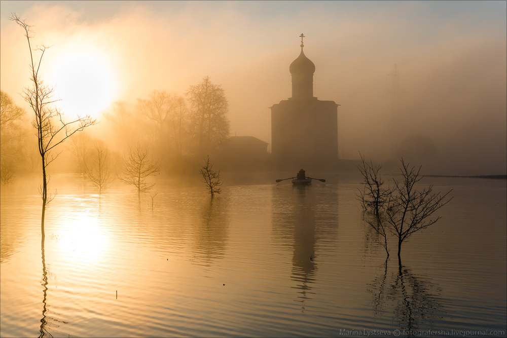 Church of the Intercession on the Nerl dawn 25