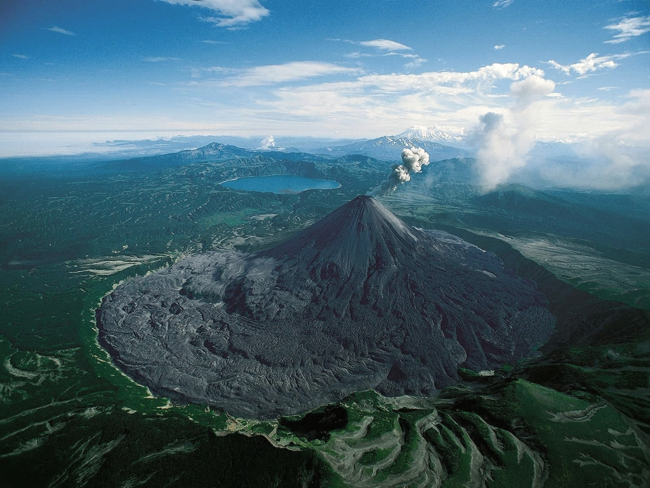 Interesting pictures of volcanoes 02