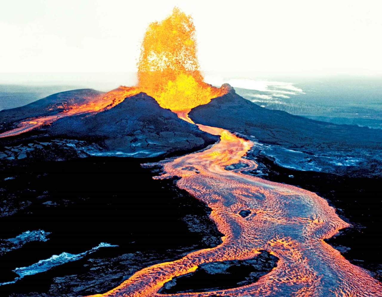 Interesting pictures of volcanoes 04