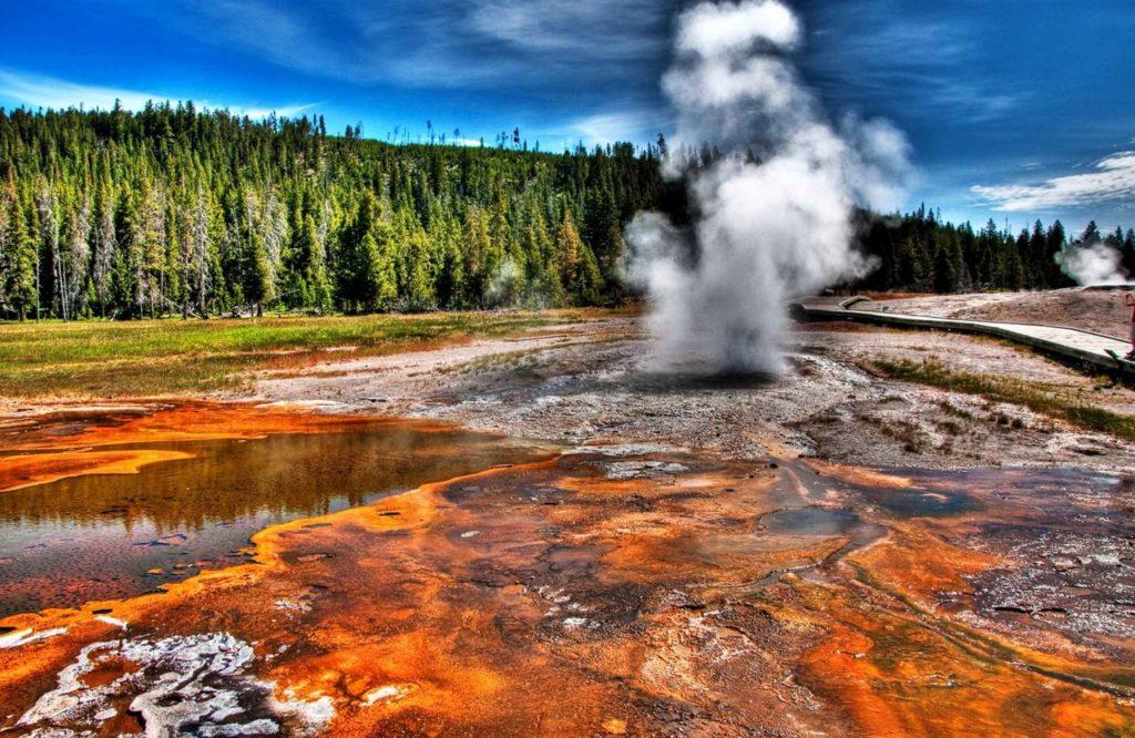 вулкан йеллоустоун