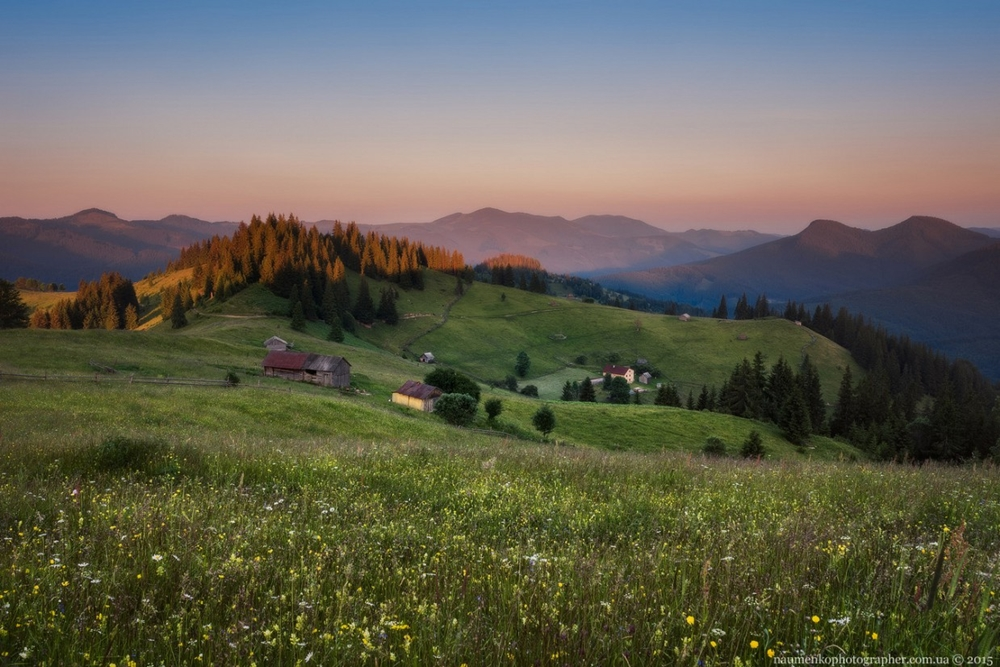 Picturesque highlands of the Carpathian mountains for an unforgettable vacation 08