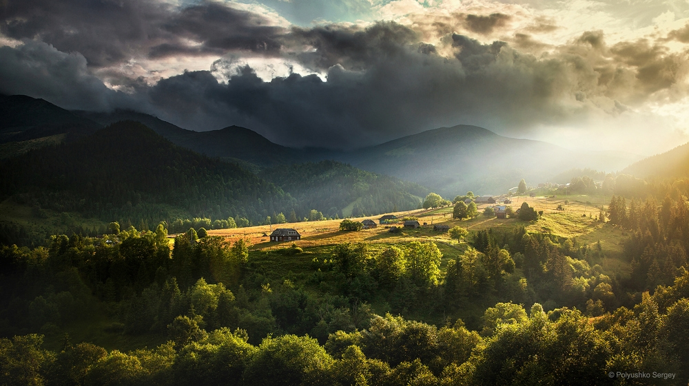 Picturesque highlands of the Carpathian mountains for an unforgettable vacation 13