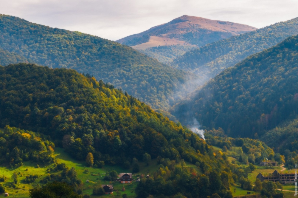 Picturesque highlands of the Carpathian mountains for an unforgettable vacation 14
