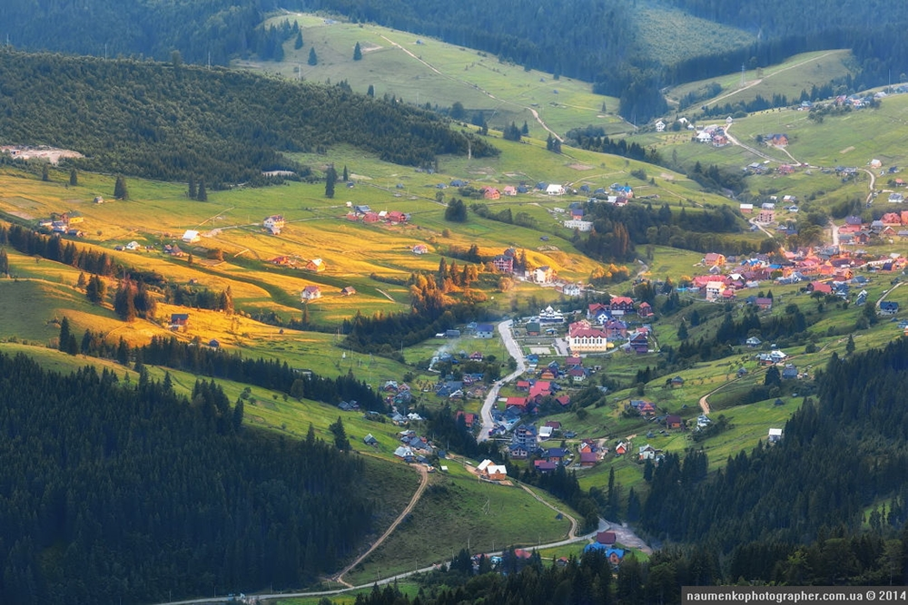 Picturesque highlands of the Carpathian mountains for an unforgettable vacation 25