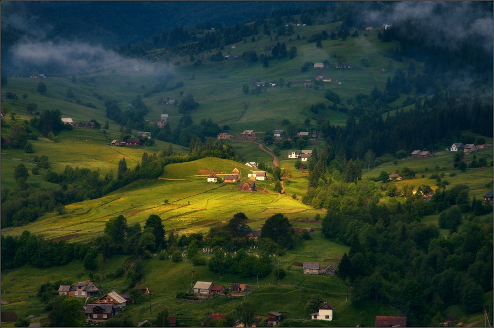 Picturesque highlands of the Carpathian mountains for an unforgettable vacation 27