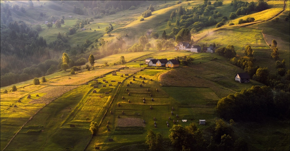 Picturesque highlands of the Carpathian mountains for an unforgettable vacation 30
