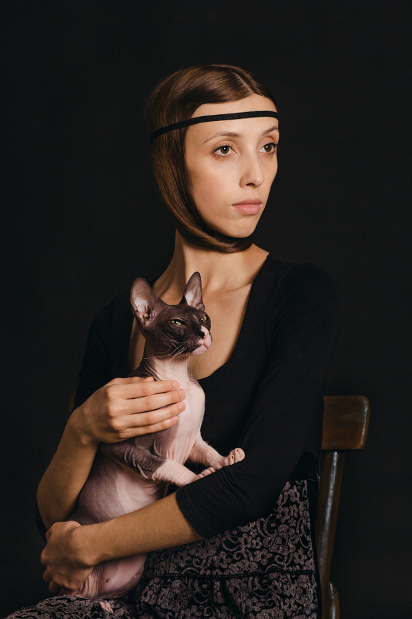 Portraits of girls with cats, like from the Renaissance 05