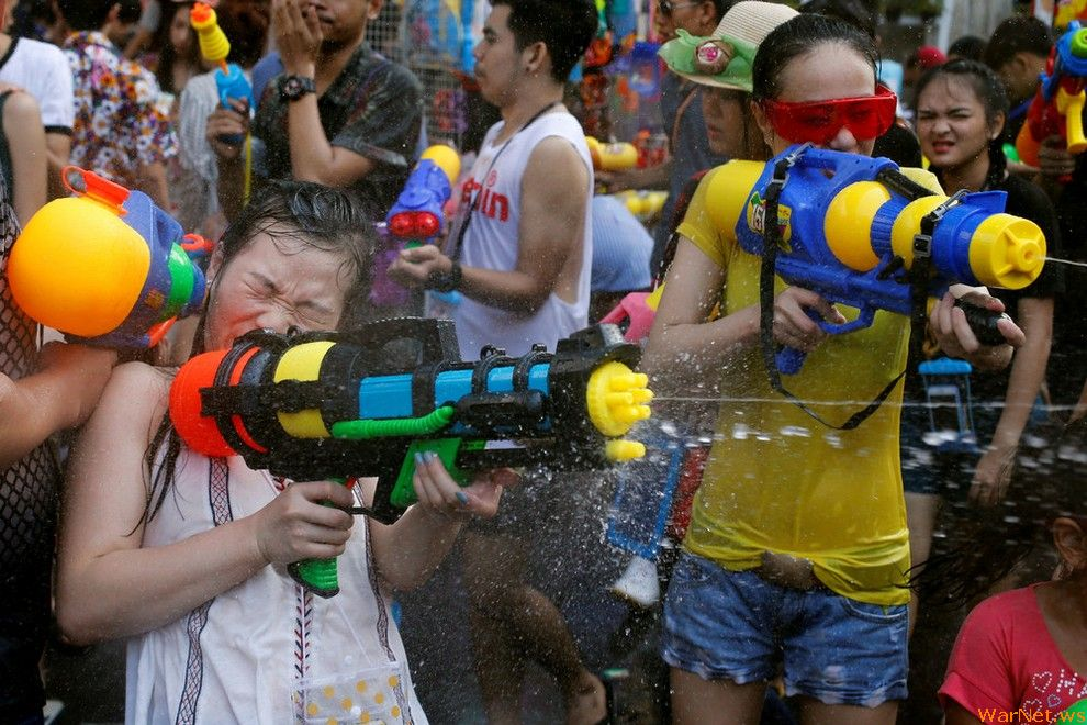 Songkran — Thai New year 02