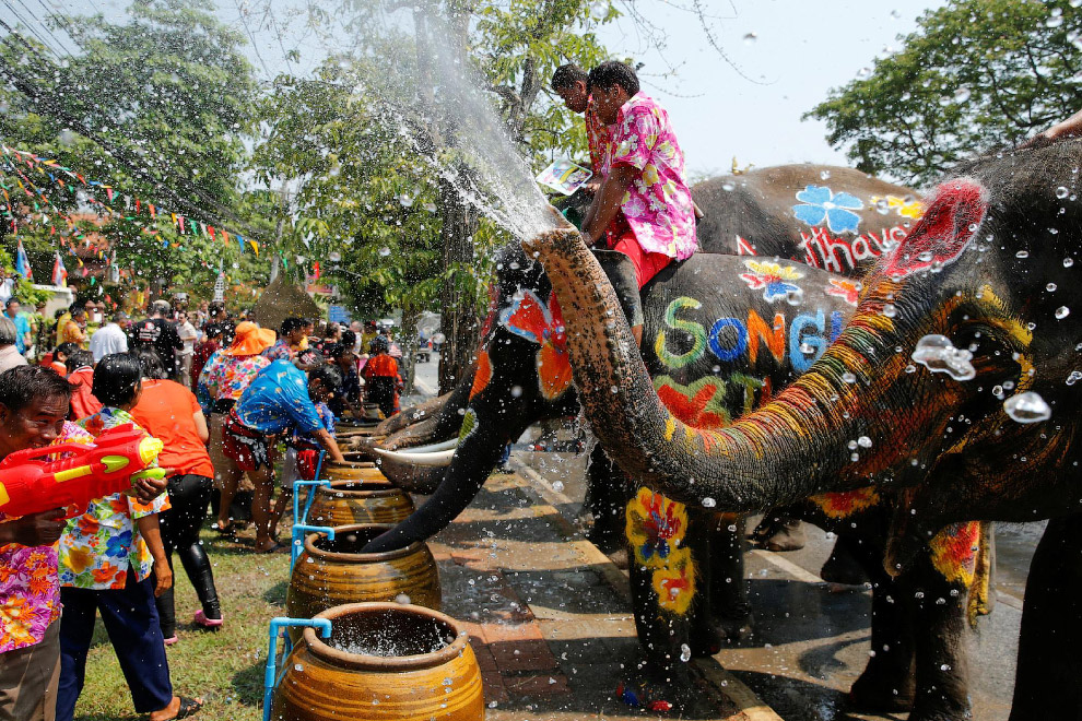 Songkran — Thai New year 18