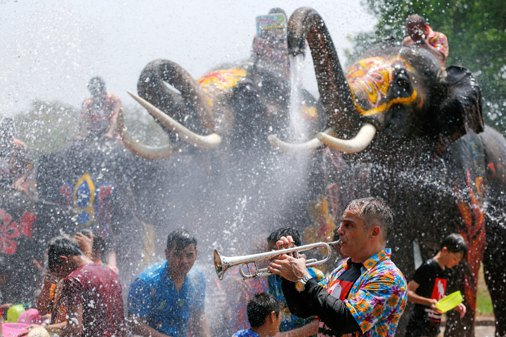 Songkran — Thai New year 20