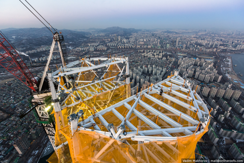 South Korea and the skyscraper, the Lotte World Premium Tower 03